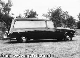 early Wilcox hearse 0 (33kB)