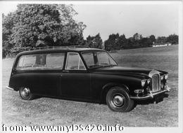 early Wilcox hearse 1 (24kB)