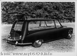 early Wilcox hearse 3 (24kB)